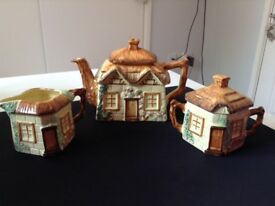 Keele street pottery vintage tea set cottage design