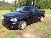 2004 Ford F-150 Lightning SVT wanted looking for one