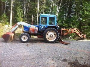 Belarus 825 Tractor 4WD