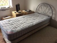 Single bed (truckle) with guest bed below