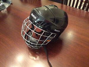 Reebok junior hockey helmet size XS