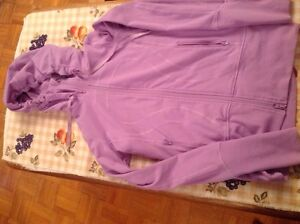 LULULEMON SIZE 2 Tights  and Stride Jacket EXCELLENT CONDITION  Kingston Kingston Area image 1
