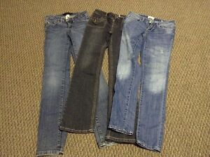 7 Pairs of Girl or Lady Jeans