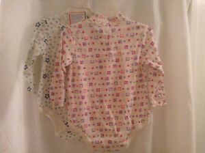 2 NEW LONG SLEEVE GIRLS ONSIES SIZE 18 & 24 MONTHS