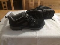 Karrimor walking boots size 9