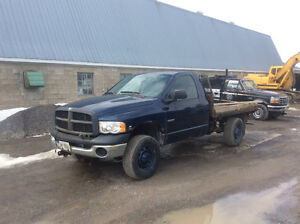 2004 Dodge Power Ram 2500 Pickup Truck parting out