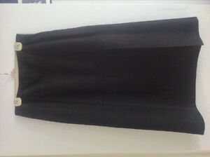 Linda Allard Ellen Tracy Black 100% Leather Skirt - Size 12.