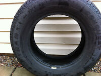 ONE tire only Goodyear Conquest 215/65/15