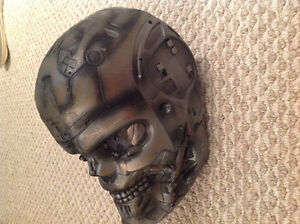 Terminator mask Gatineau Ottawa / Gatineau Area image 2