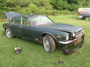 Parting out 1976 Jaguar Cornwall Ontario image 3