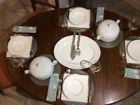 Barley Twist Edwardian Drop Leaf Oak Table and Six Edwardian Cairs