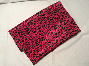 Loose Fabric- Pink animal print 2m long