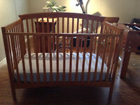 4 IN 1 CRIB FOR SALE