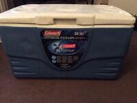 Cooler box Coleman xtreme 36qt handy for market stall