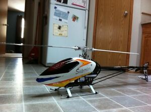 RC Trex 700E DFC helicopter with Spektrum DX7 remote