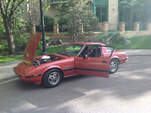 1981 Mazda RX-7 Black Moldings  ( $ 6000.00 )