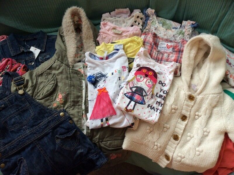 Bundle of girls clothes 2-3yrs