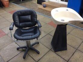 Hairdresser chair +Basin