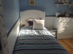 girl or  boy single bed soild wood