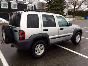 2006 JEEP LIBERTY 4X4 - TURBO DIESEL CRD - SUPER RARE! West Island Greater Montréal image 1