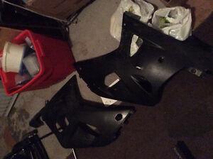 01 - 03 Suzuki GsxR FULL Fairings - FLAT BLACK ---- $200 OBO ---