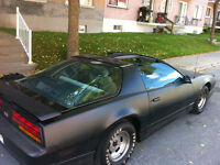 1989 Pontiac Firebird Coupé (2 portes)
