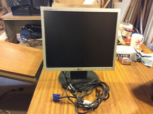 17 inch computer monitor