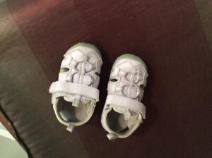 Toddler girl sandal size 5