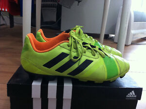 adidas outdoor soccer shoes size 6