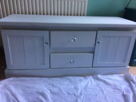 White ronseal chalky painted sideboard/tv unit