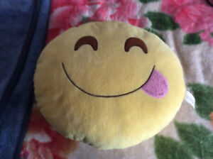 SMILEY FACE PILLOW