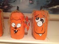 Hand painted wood (PUMPKINS)