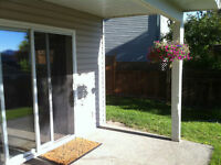 Bright & Spacious Daylight Suite in Pineview - Available June.1