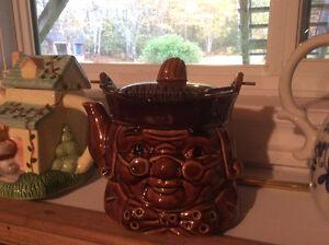 King Cole Tea Pot