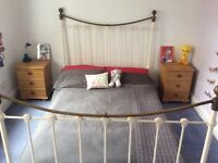 Antique Style Solid metal frame for Double bed.