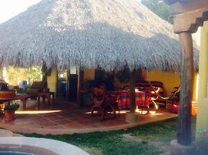 Little casa mexicain in barra de navidad mexico