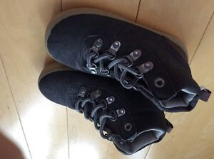Brand new GAP charcoal grey shoes size 8