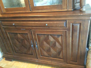 Real Wood Dining Room Set West Island Greater Montréal image 3