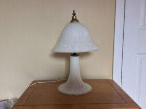 2 LAMPES BLANCHES