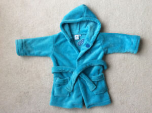 Brand new with tag baby robe great gift size 12- 18 months