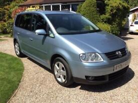 VOLKSWAGEN TOURAN 2.0TDI ( 7st ) 2006MY SPORT AND GREAT SERVICE HISTORY SUPPLIED