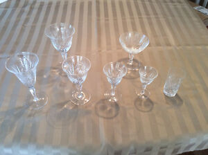 VERRERIE CRYSTAL   6  COUVERTS
