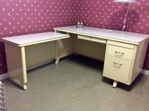 bureau de travail/meuble ordi avec retour