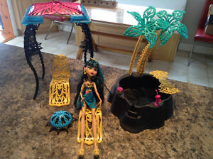 Spa Cleo monster high
