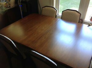 Duncan Fyfe antique table with 4 chairs