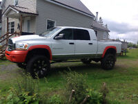 2006 mega cab Dodge Power Ram 3500 Laramie Pickup Truck