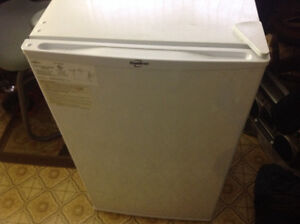 Koolatron Bar fridge ,works good good shape only 55 dollars