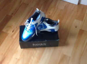 """New Footjoy """"Freestyle"""" Size 10.5 golf shoes"""