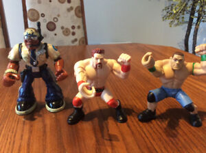 4 figurines à collectionner, WWE, Rescue Hero, «the Corps»