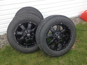 P275/60R20 Toyo Tires with Mayhem Rims